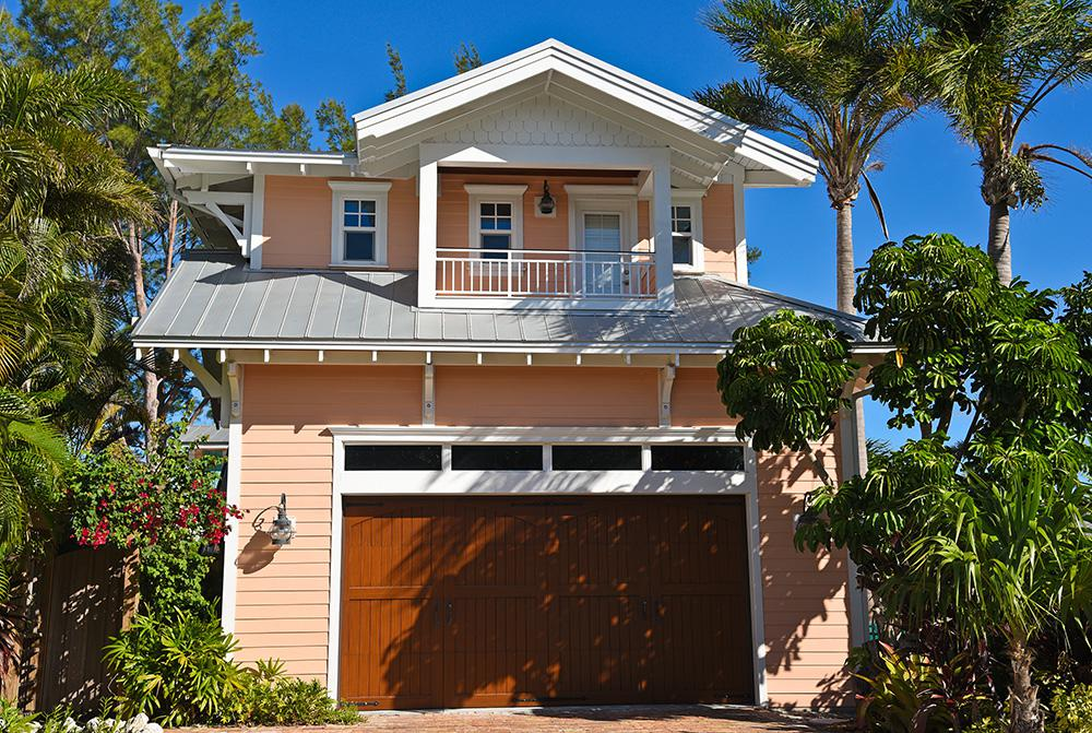 Will A Light-Colored Roof Keep My House Cool in Fort Myers, FL