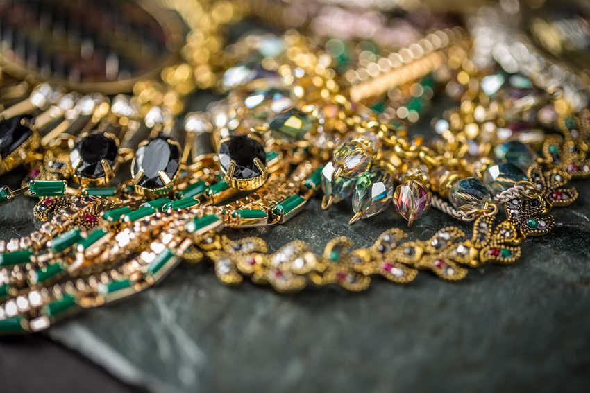 Make Money With Your Unwanted Jewelry This Summer