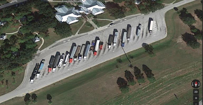 THE ISSUE OF TRUCK PARKING AVAILABILITY IN FLORIDA