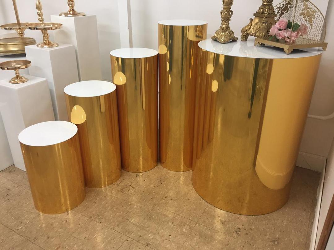 Gold Mirrored Round Plinths 5 Sizes