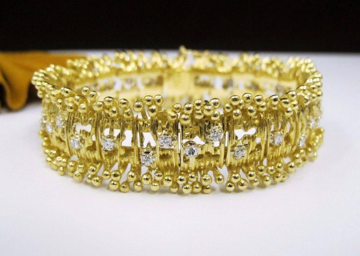 Buying and Selling Your Jewelry with Philadelphia's Number One Pawn Shop