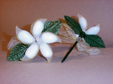 Jordan almond flower gold edge with green stem