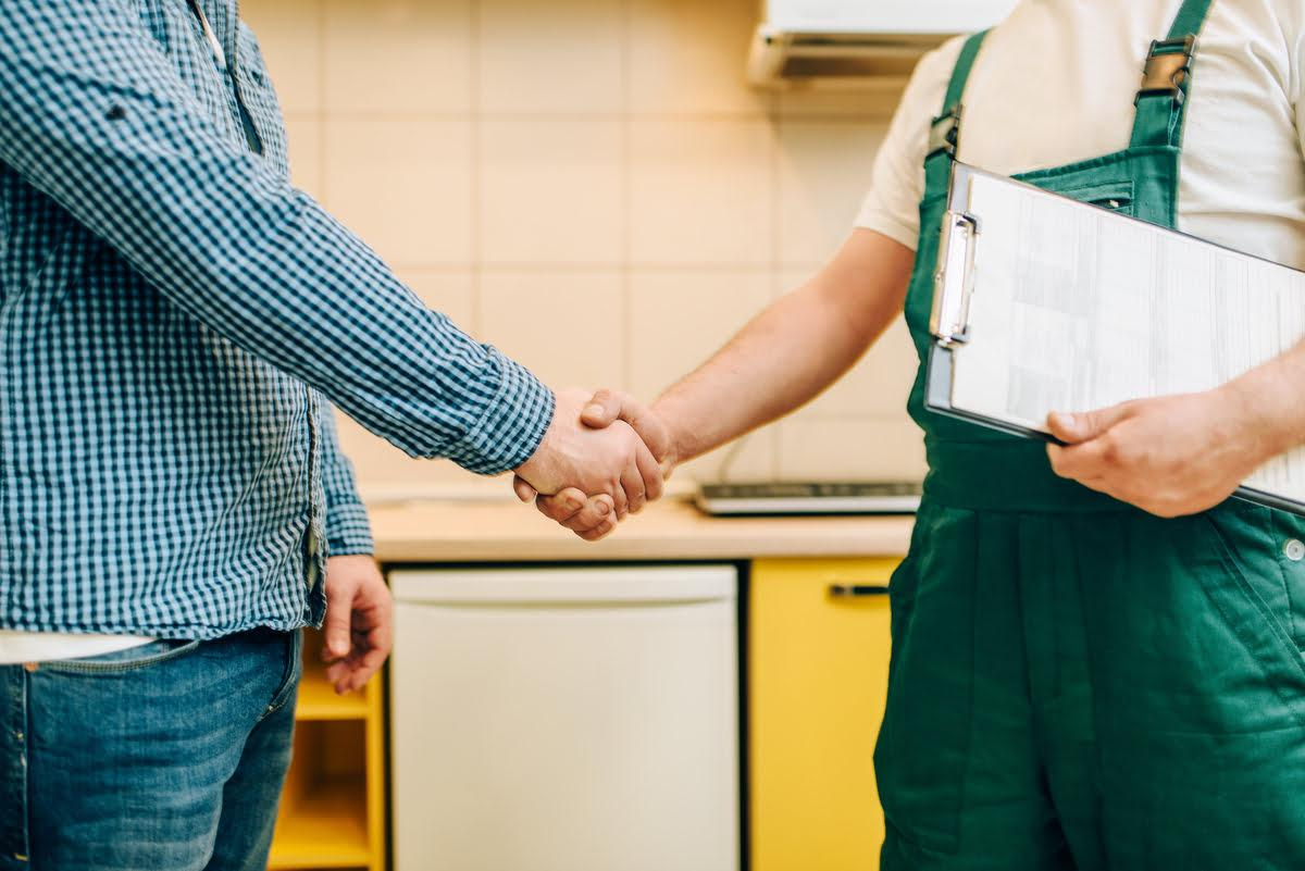 Top 5 Reasons to Hire a Professional Plumber