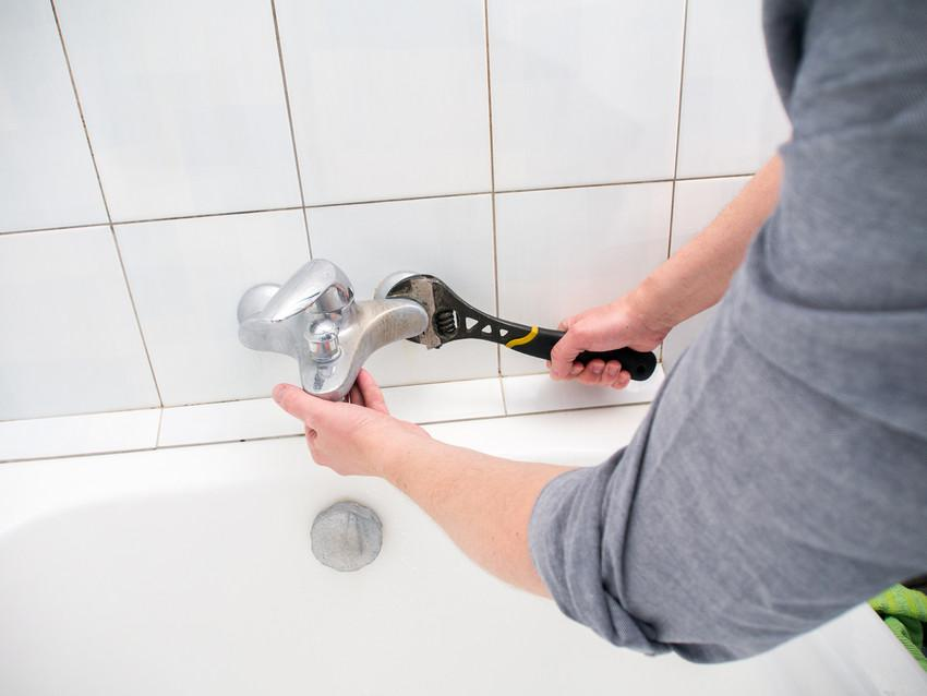 5 Things Your Regular Plumber Doesn't Want You to Know