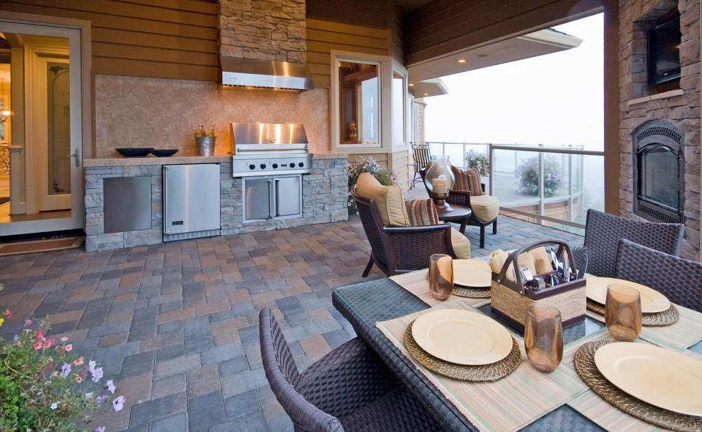 Maximizing Your Outdoor Space or Summer BBQs
