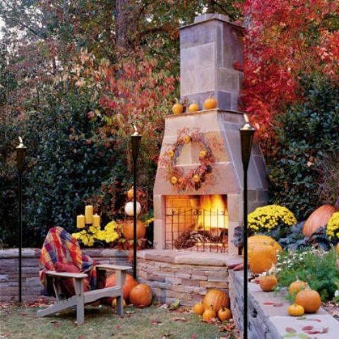 Festive Fall D�cor for Indoor Outdoor Living