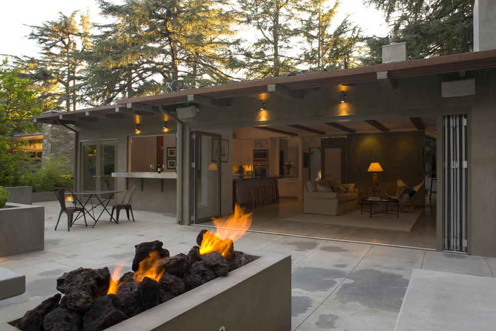 Indoor and Outdoor Living with Bi-Fold Patio Doors & a Fire Pit