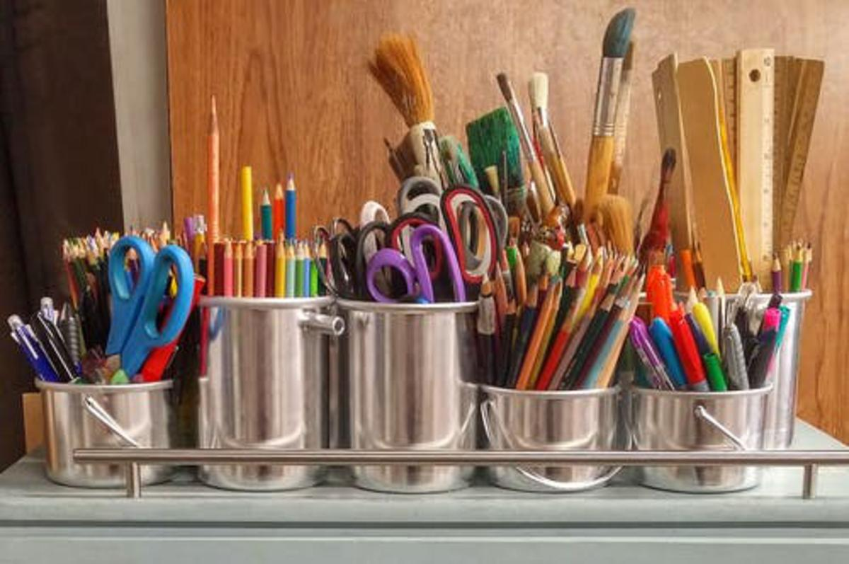 ARE YOU A CRAFTER OR A COLLECTOR?