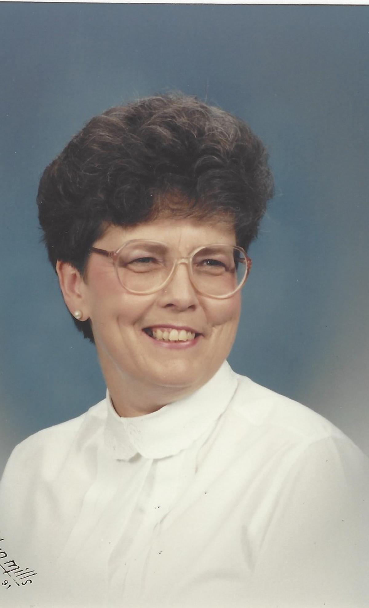 Jean Davis Holder