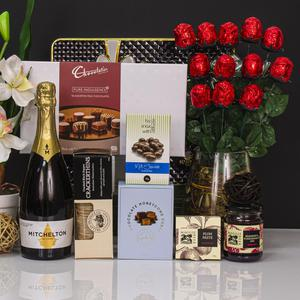 Sparkling Pleasure Gift Hamper