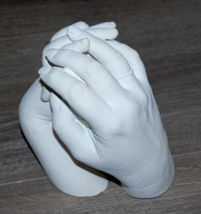 Casting Kits by Cast a Memory | Family hand casting DIY plaster kids