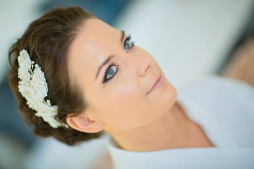Please go to our Pricing Page for more information on our prices for Airbrush Makeup.