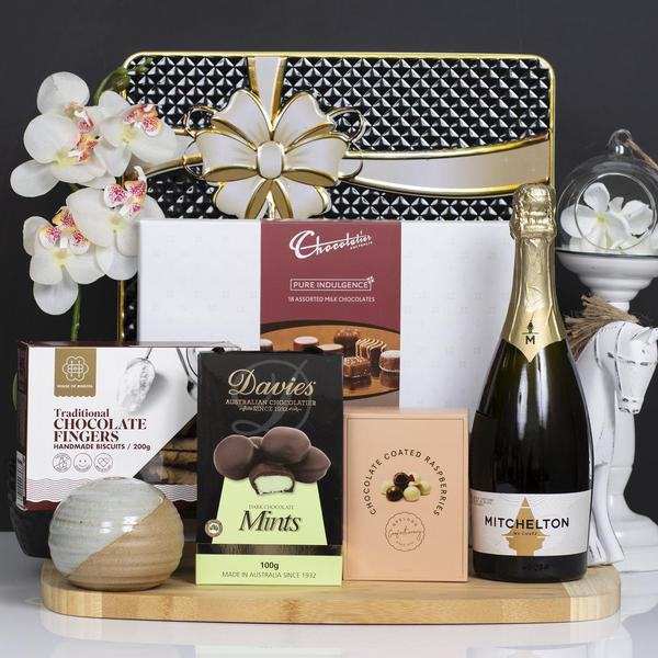 Mitchelton Cuvee and Sweets Gift Hamper