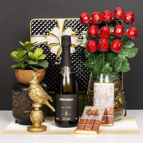 Sparkling and Milk Chocolate Roses Gift Hamper