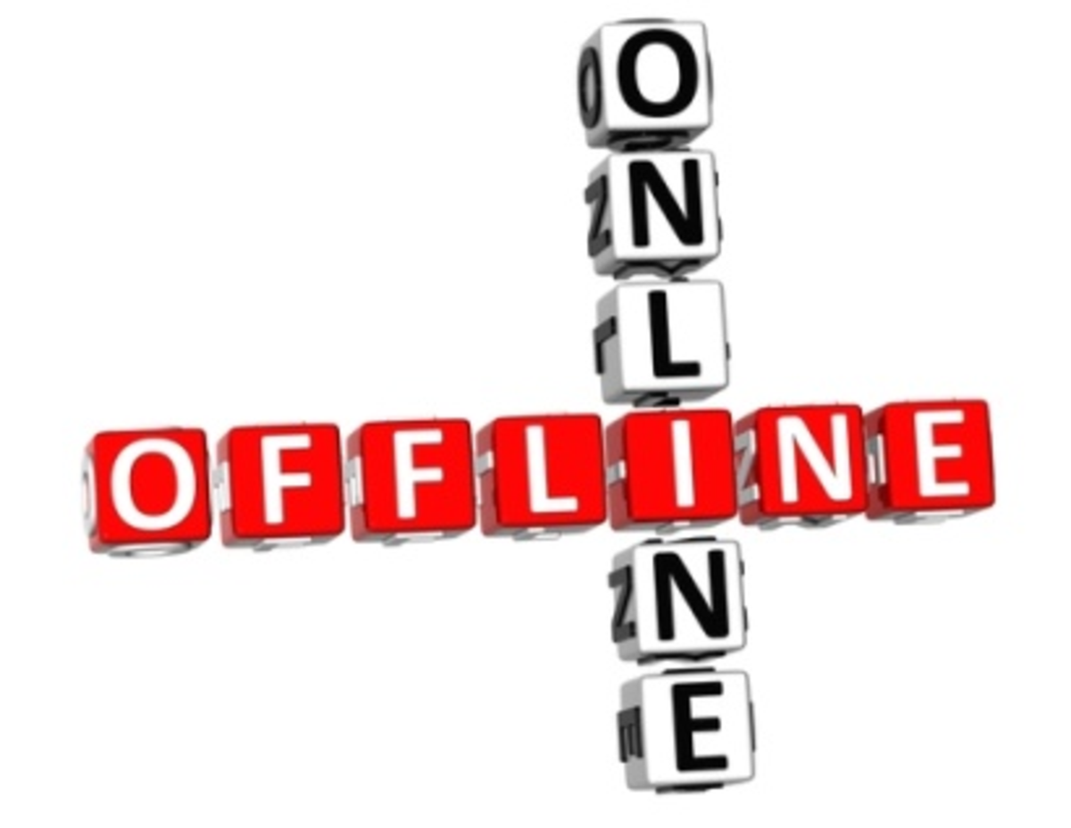 How to Choose Between an Online Business or a Business Online or When to be Both